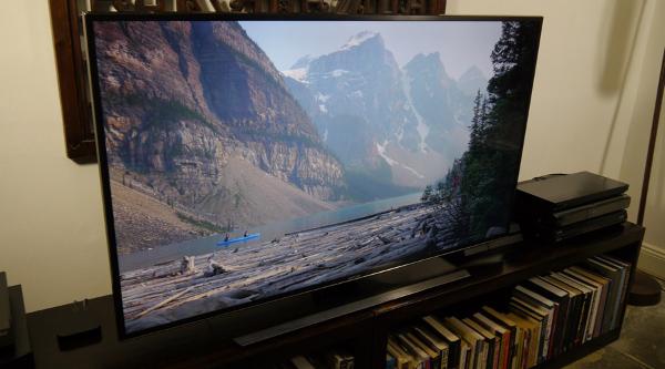 Телевизор Samsung UE55JU6400
