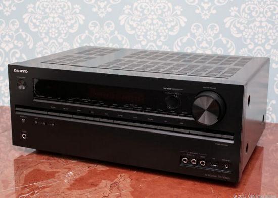 Onkyo TX-NR626 включает в себя как встроенный Bluetooth, так и Wi-Fi
