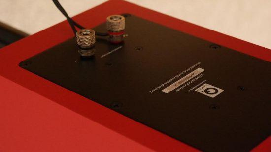 Полочная акустическая система Q Acoustics BT3