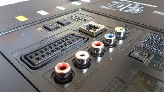 Порты и разъемы Samsung UE40F6400