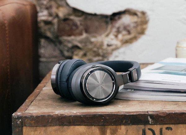 Bluetooth наушники AUDIO-TECHNICA DSR7BT и ATH-DSR9BT
