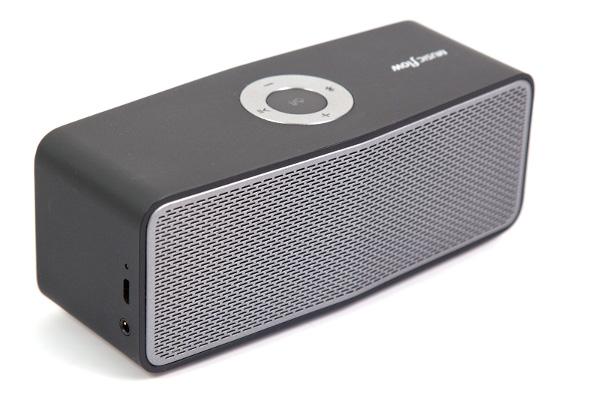 Портативная Bluetooth-аудиосистема LG NP5550B