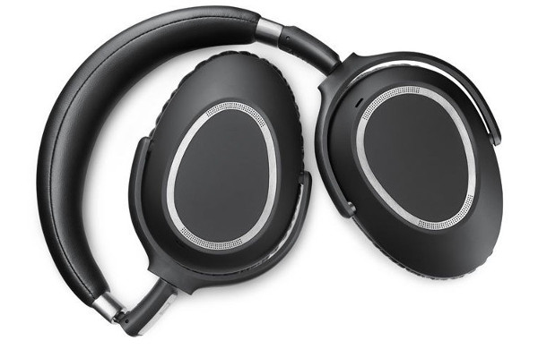 SennheiserPXC550_Travel
