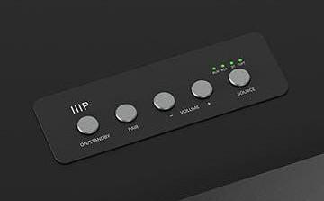 На верхней панели Soundstage3 есть кнопки для включения питания, сопряжения, регулировки громкости и выбора источника