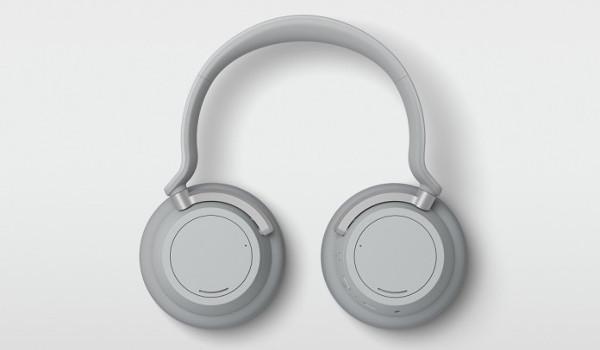 Наушники Surface Headphones 2 сохранили прежний дизайн, но теперь выпускаются в черном и светло-сером цветах