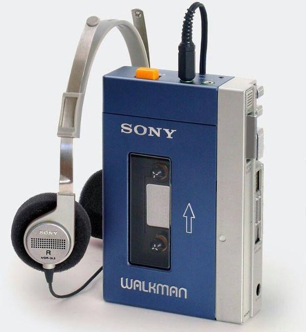 Sony Walkman с наушниками MDR-3L2